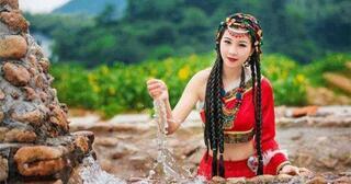 mengapa-agan-dilarang-dekati-gadis-cantik-tibet-yang-sedang-jongkok